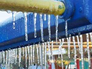 It's so cold there are icicles in Alice