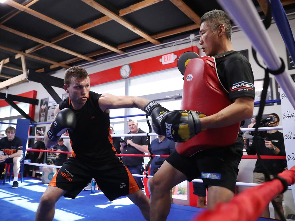 Jeff Horn training with fitness guru Dundee Kim. Picture: Peter Wallis