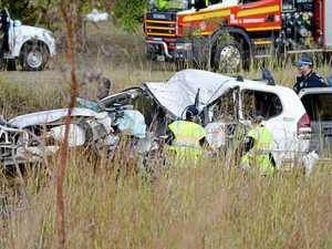 UPDATE: Driver confirmed dead after crash on Emu Park Rd