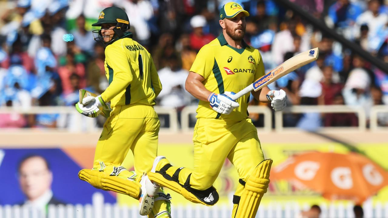 Usman Khawaja (left) and Aaron Finch.