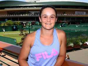 Ash shrugs off Wimbledon praise