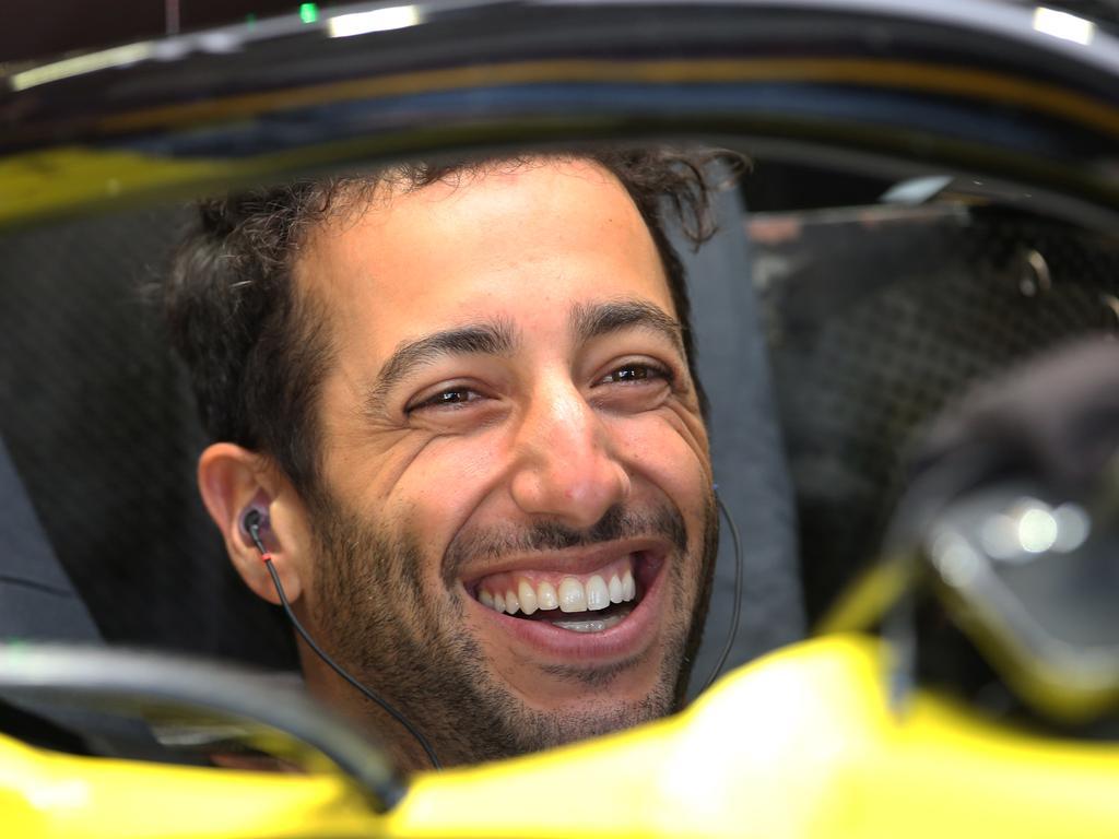 Daniel Ricciardo moves up to 12th.
