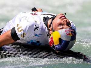 Jess Fox paddles to breakthrough win