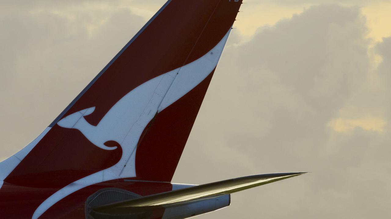 Sydney Airport generic pics of planes