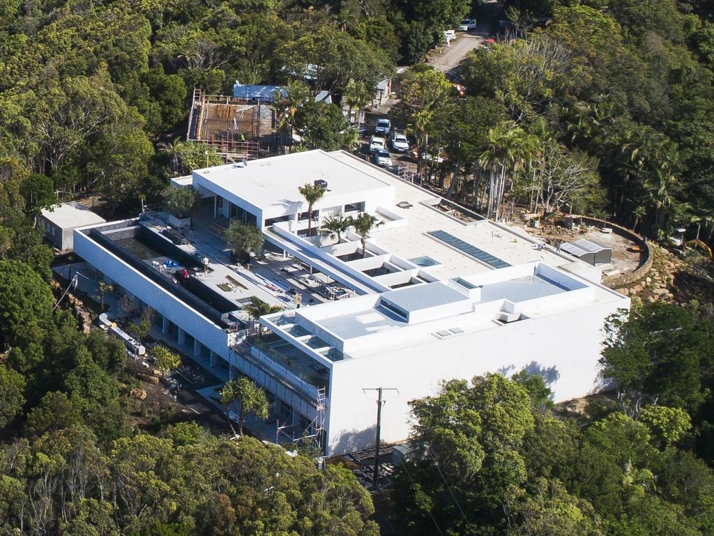 Construction is surging ahead on the Avengers star's new Byron Bay mansion.