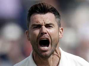 Ashes nemesis Jimmy Anderson injured