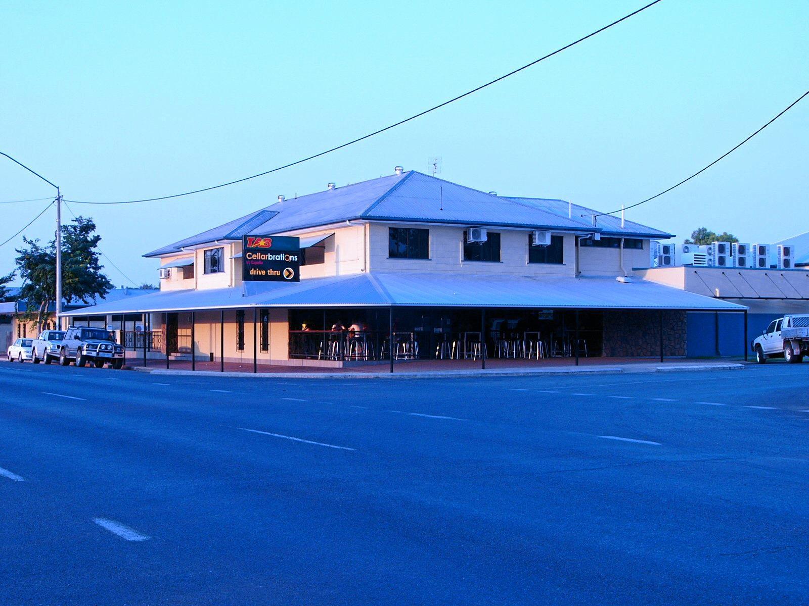Capella Hotel Motel