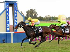 Newing claims race 3 with In Fiore