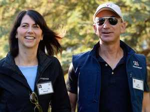 Amazon couple's $54.4 billion settlement