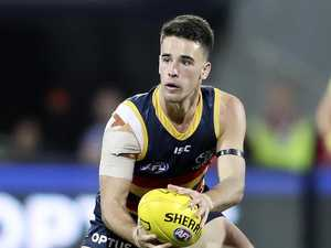 Crows sweat it out before Suns battle