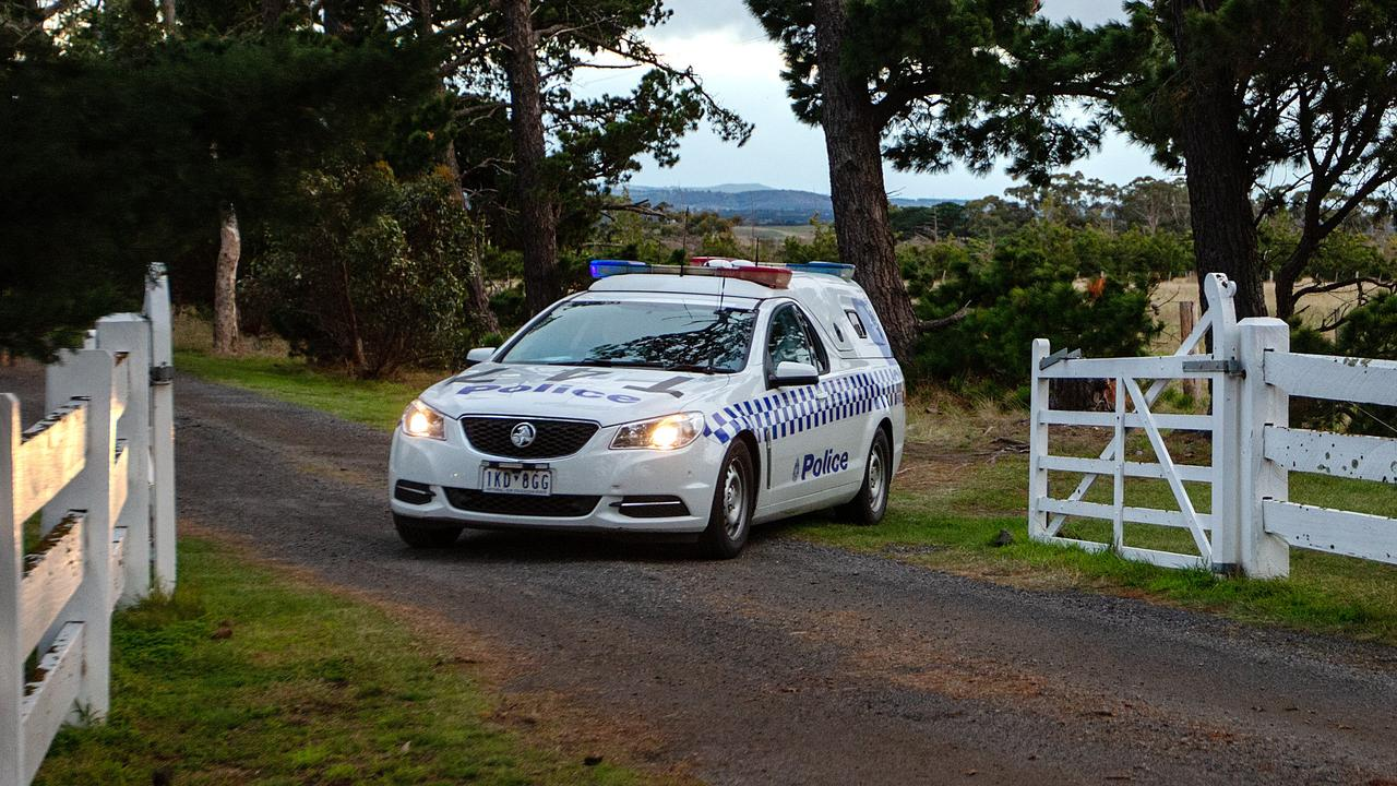 Police at the scene of a fatal house fire which occurred in Oaklands Junction this morning. Picture: Sarah Matray