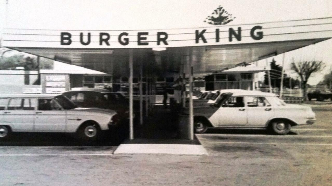 ABusinessman Don Dervan owned the Australian trademark for Burger King, which meant the US Burger King chain was unable to roll out a chain of Burger King restaurants in Australia. Instead, the Australian franchisee, Jack Cowin, was forced to pick a new name and settled on Hungry Jack's.