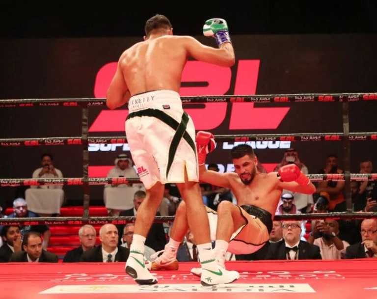 Boxing: Amir Khan KOs Billy Dib, Hughie Fury-Samuel Peters