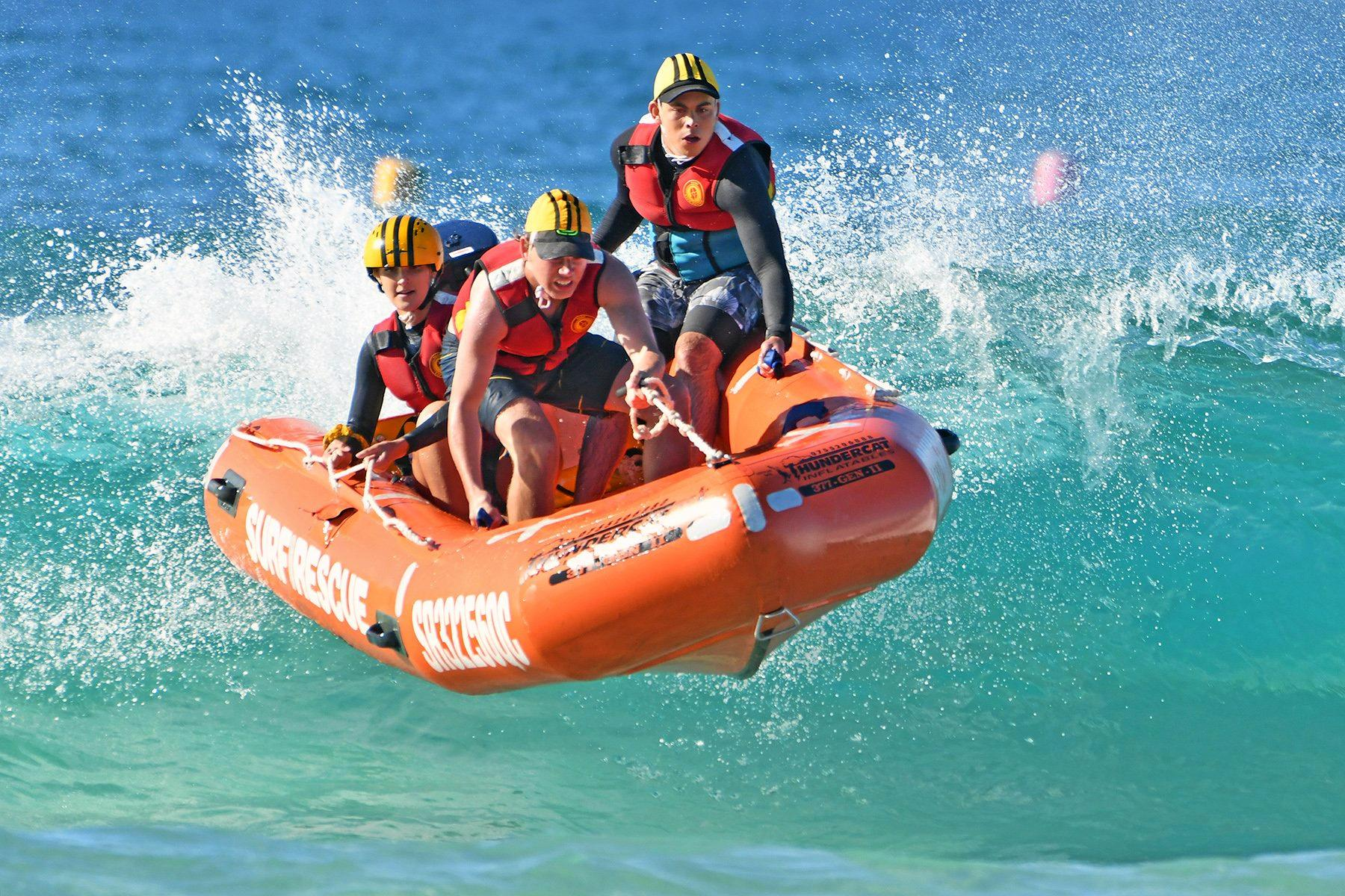 Kirra Surf Lifesaving Club have withstood a strong challenge from their Gold Coast rival to win the National Inflatable Rescue Boats Championships at Kingscliff