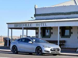 Tesla drivers conquer the Queensland outback