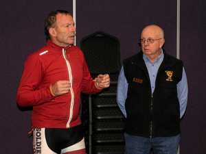 Abbott pedals into Warwick RSL, lycra and all