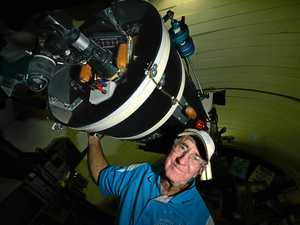 The night dad and I 'flashed' a history-making astronaut