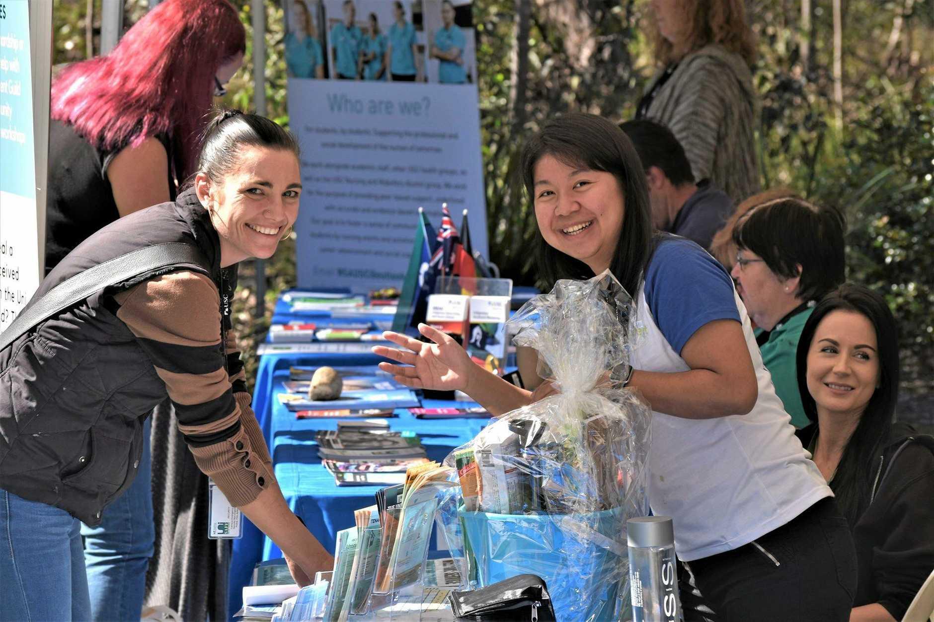 USC Open Day - Amanda Stevenson and Sally Tsai