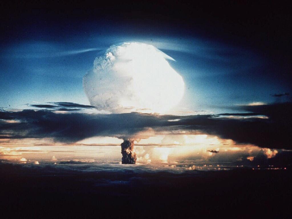 Atomic blasts on Enewetak. Picture: USA Department of Energy, 1952.