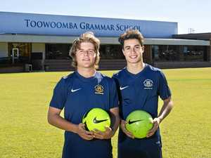 Grammar pair eager to impress US colleges