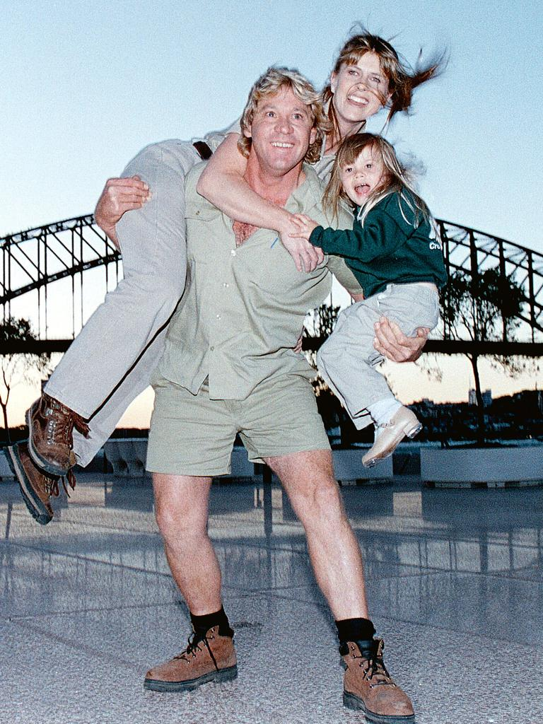 The Crocodile Hunter with wife Terri and Bindi in Sydney in 2000. (Picture: Getty Images)