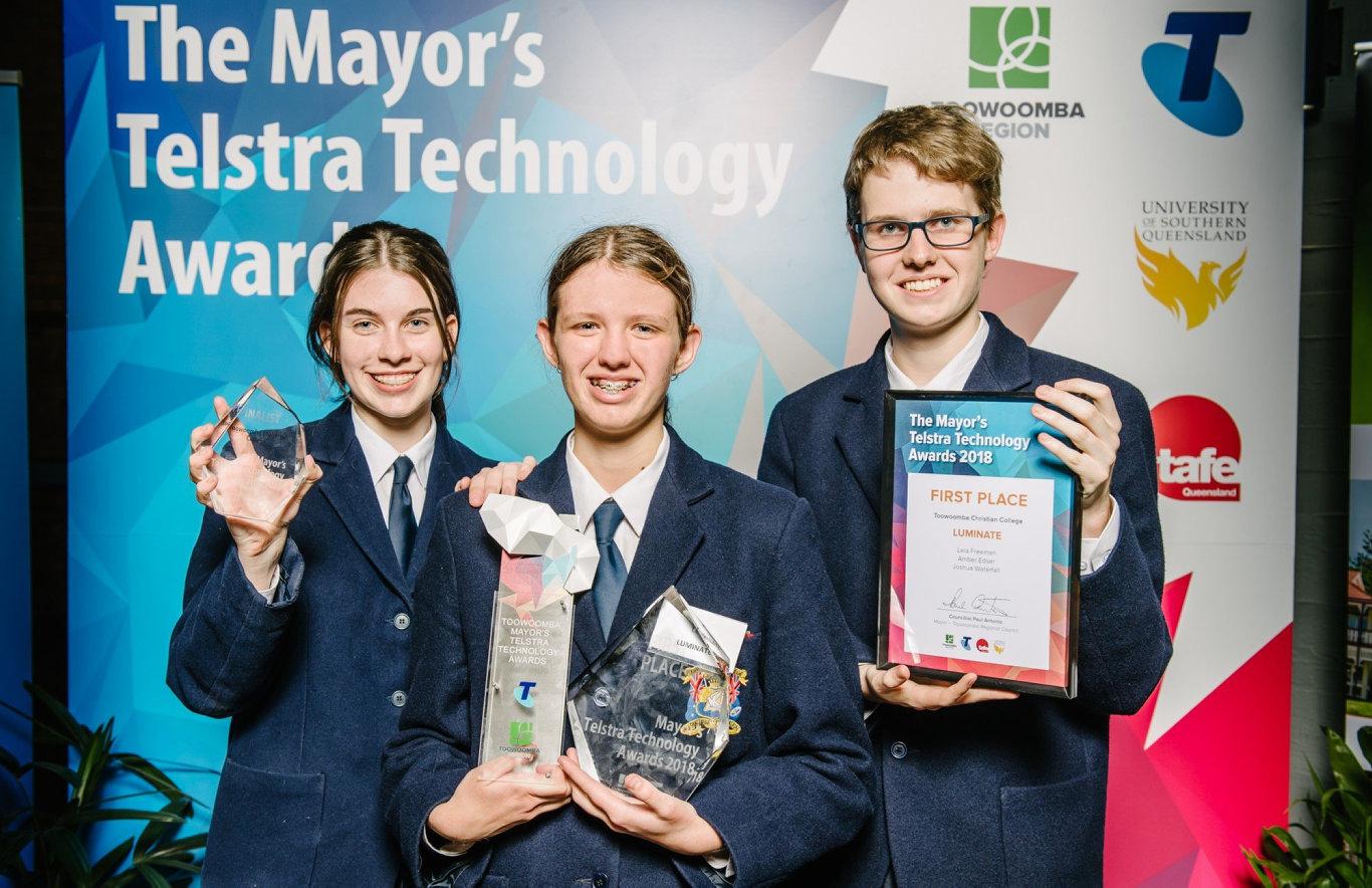SMART KIDS: Toowoomba Christian College Year 11 students (from left) Amber Edser, Leia Freeman and Joshua Waterfall won the inaugural Mayor's Telstra Technology Awards.