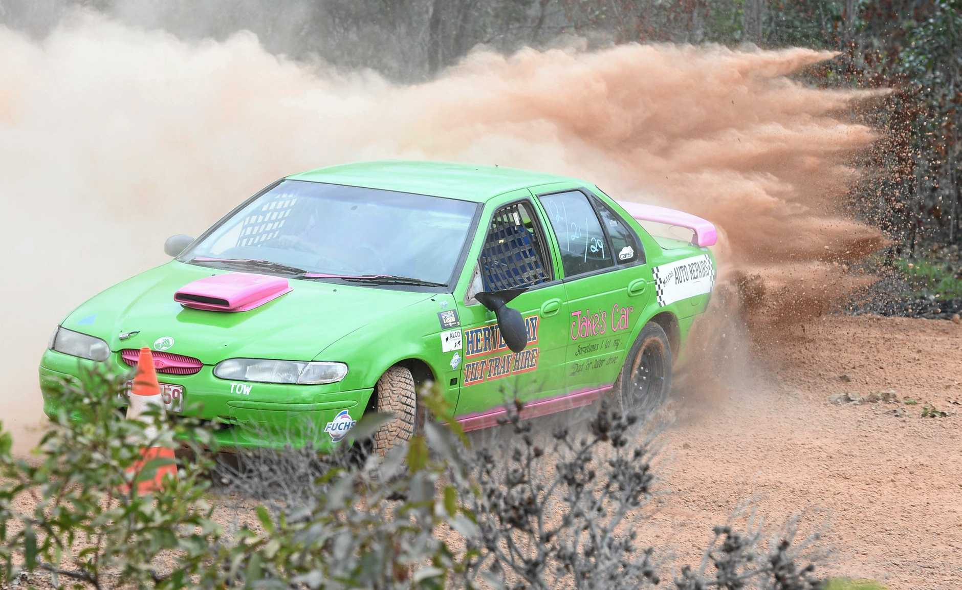 Wide Bay Motor Complex - Khana Cross. Paul Reece in the Ford Falcon.