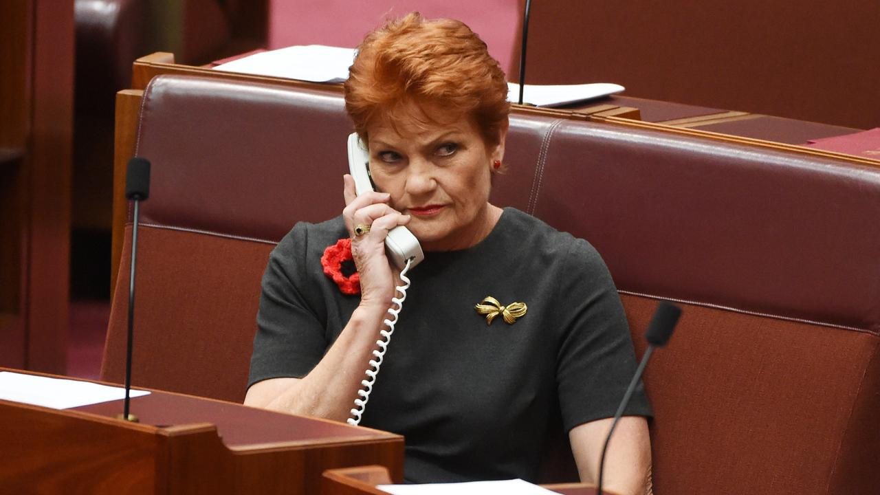 One Nation leader Senator Pauline Hanson wants better phone coverage on the Cape. (AAP Image/Mick Tsikas)