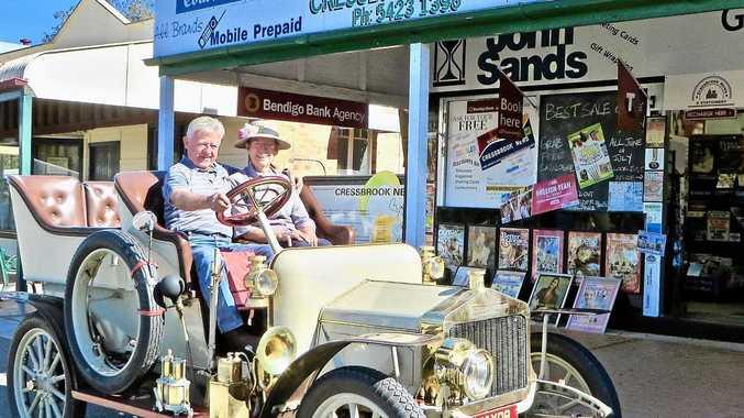 Vintage fleet heralds surprise start for weekend