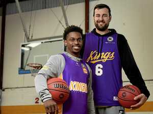 Re-signed Bogut trash-talks NBL 'bully' Melbourne United