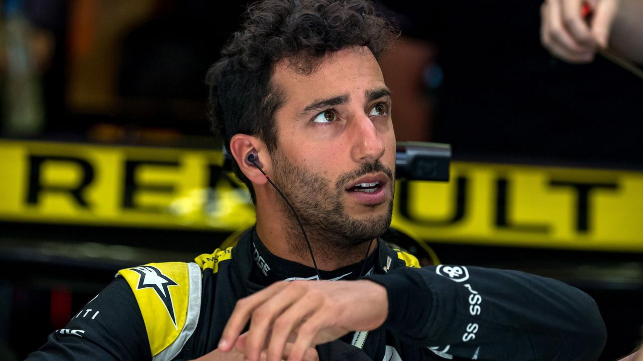 Daniel Ricciardo has vowed to defend himself against his former advisor's claim.