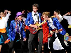 Stage is set for start of Wedding Singer musical