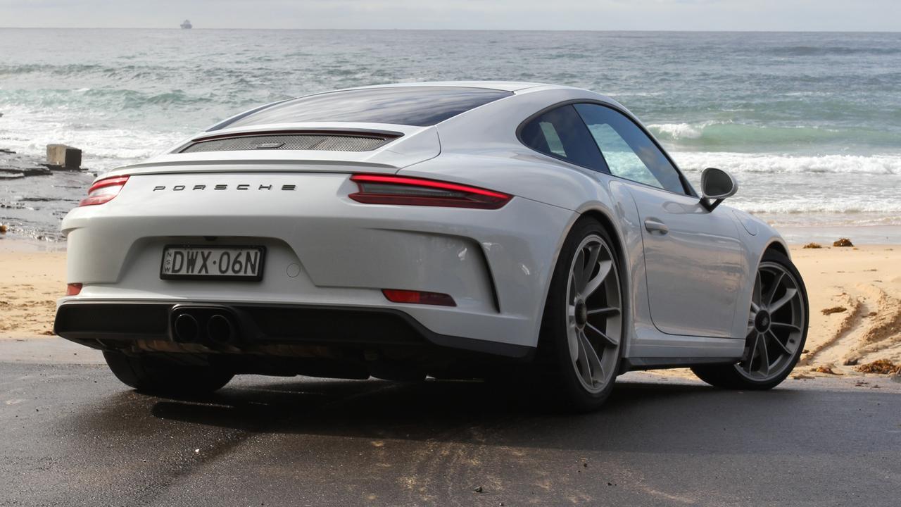 2019 Porsche 911 GT3 Touring.