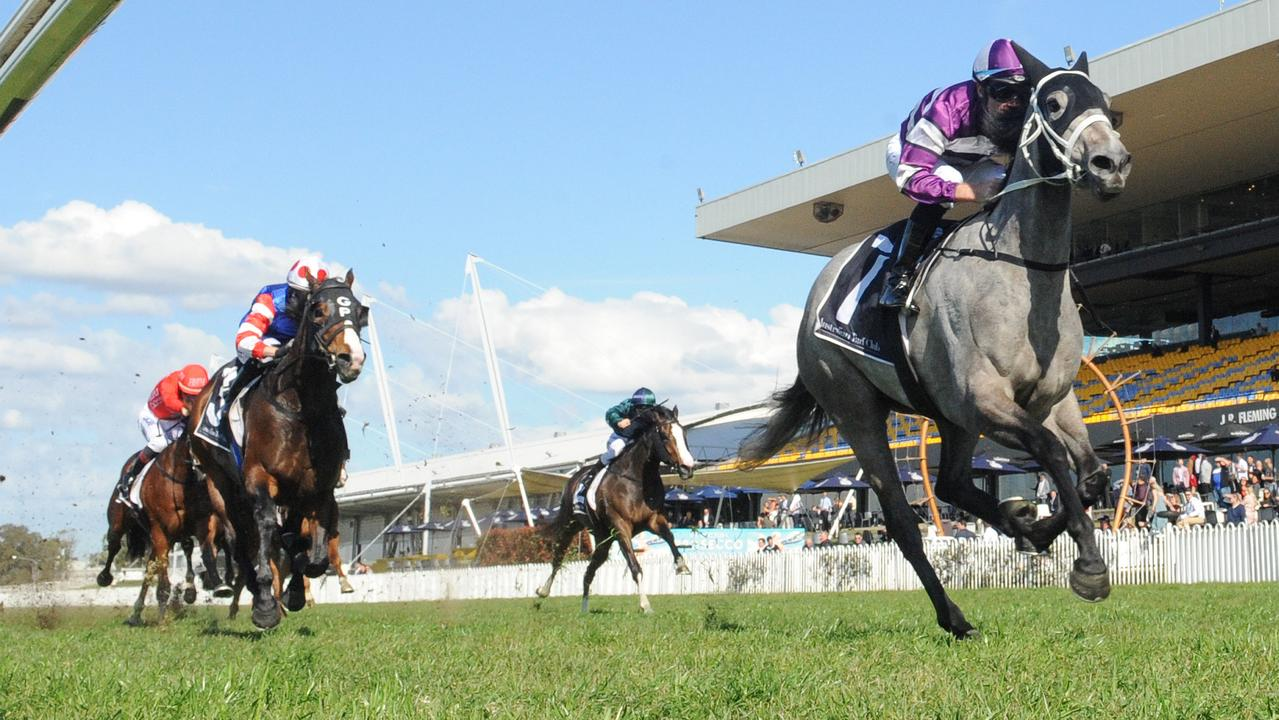 Lucicello blew her rivals away in the opener at Rosehill Gardens. Picture: AAP