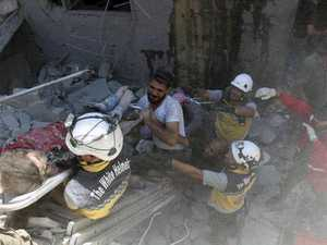 Eleven killed in Syria market airstrike