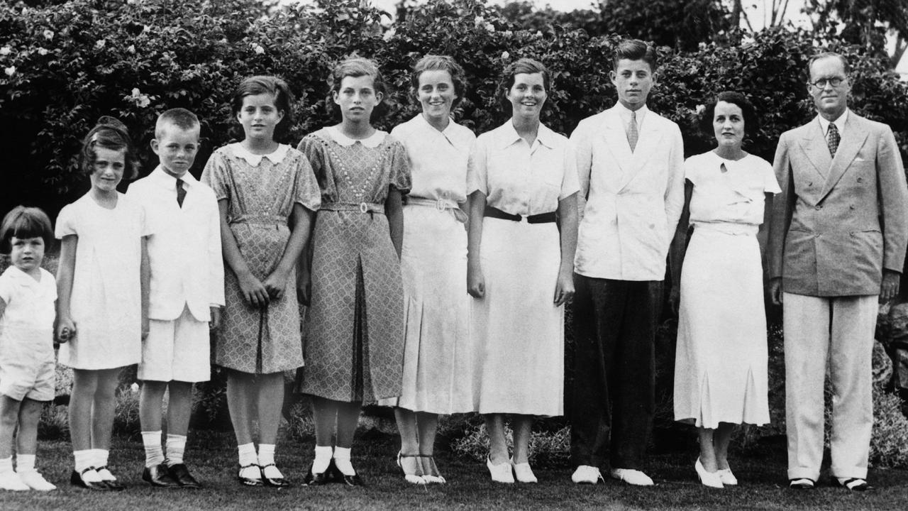 Rosemary (fourth from the right) was the first of her siblings to die of natural causes. Picture: Keystone-France/Gamma-Keystone/Getty Images