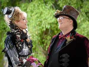 Pic gallery: Inside Bundy couple's steampunk wedding