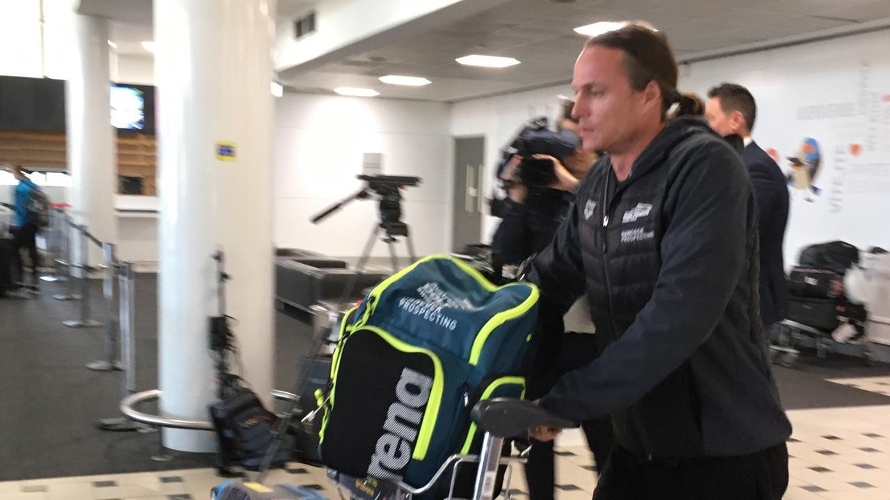 Dean Boxall's coach arrives at Brisbane International Airport. Picture: Nicole Pierre