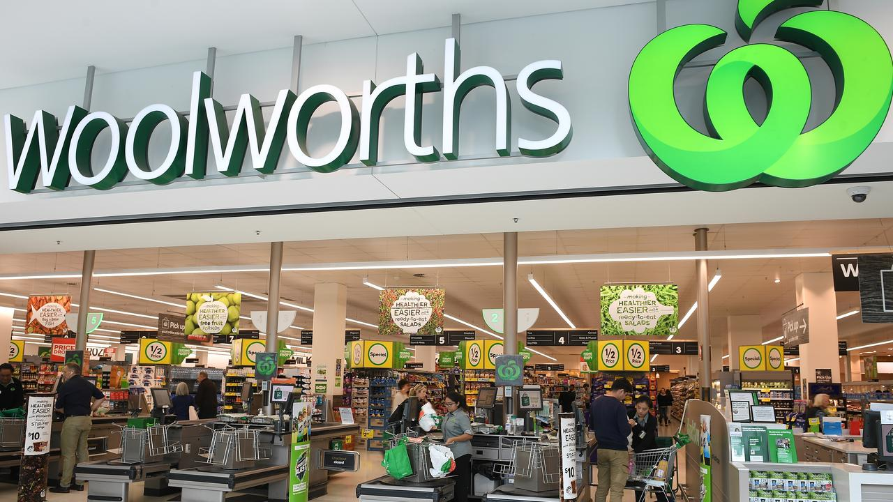 A Woolworths customer slammed the supermarket giant after a messy home delivery. Picture: Dan Himbrechts/AAP