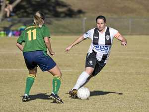 Wanderers look to clip Magpies wings