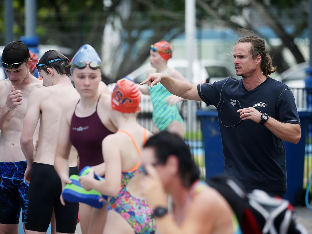 Australian Dolphins swim team coach Dean Boxall gets the Tobruk Swimming Club kids working. Picture: Stewart McLean