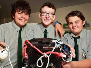 Queensland teens invent 'game changing' crab pot