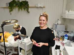 UK's best cosmetic tattooist teaches skills