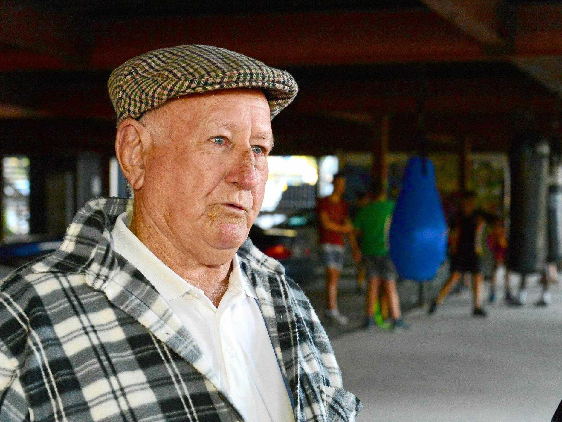 Sam's former trainer Des Upton remembered the years he trained the talented boxer.
