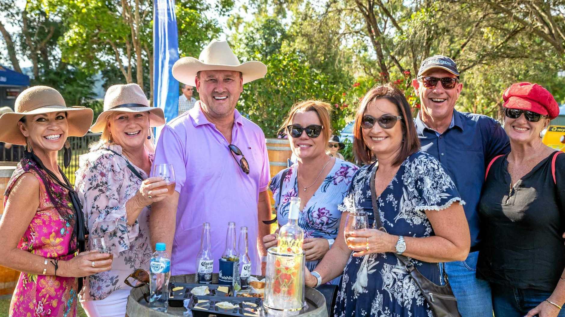 2018 Wishlist Jazz and Wine Festival - Mareen Walters, Theresa Field, Glenn Field, Nicole Atkinson, Kerry Zaninetti, Barry Webb, Alison Stockel.