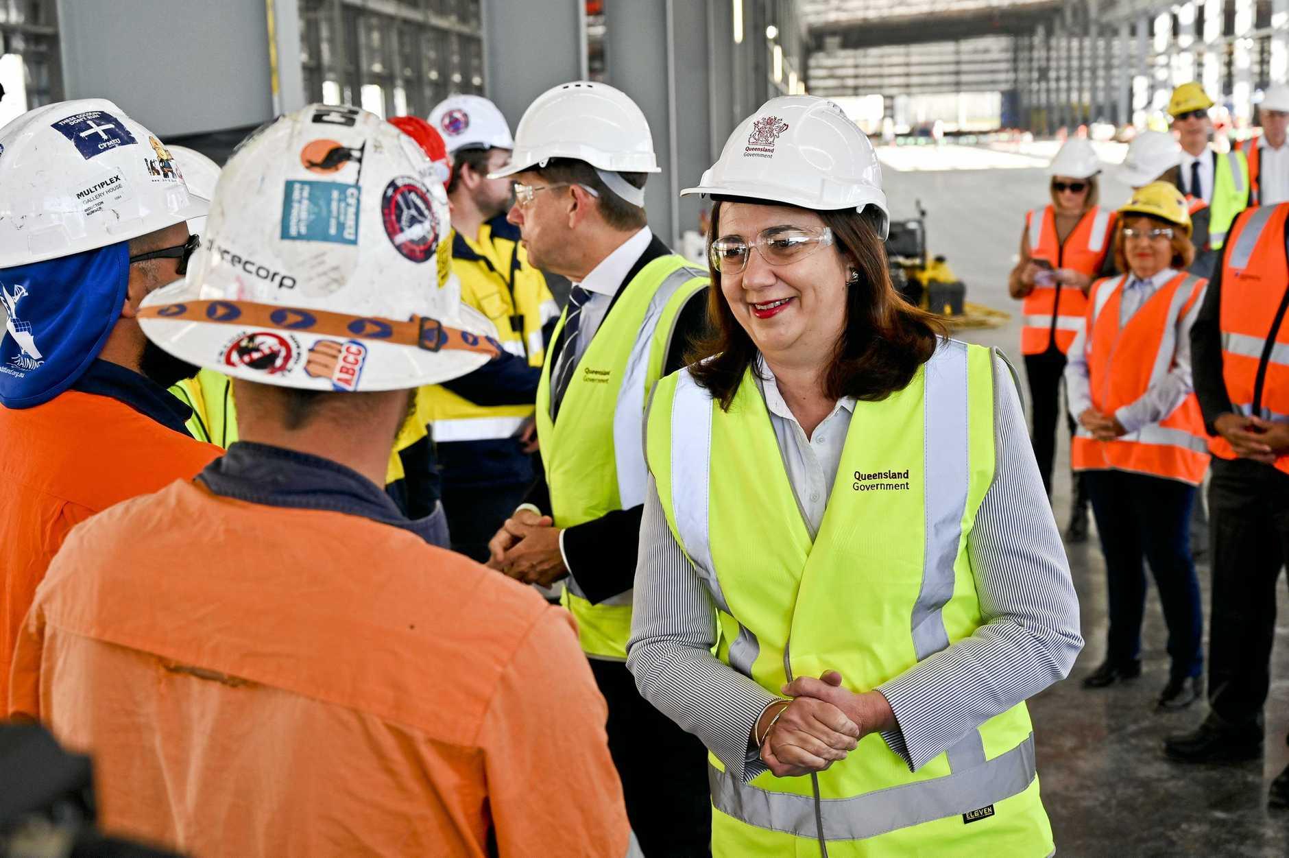 Premier Annastacia Palaszczuk meets apprentices.
