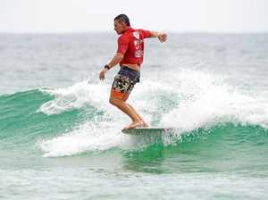 Competitors ready for fun in surf at first Longboard Klassic