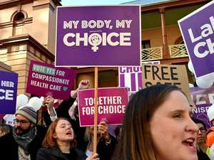 Protests as abortion debate starts