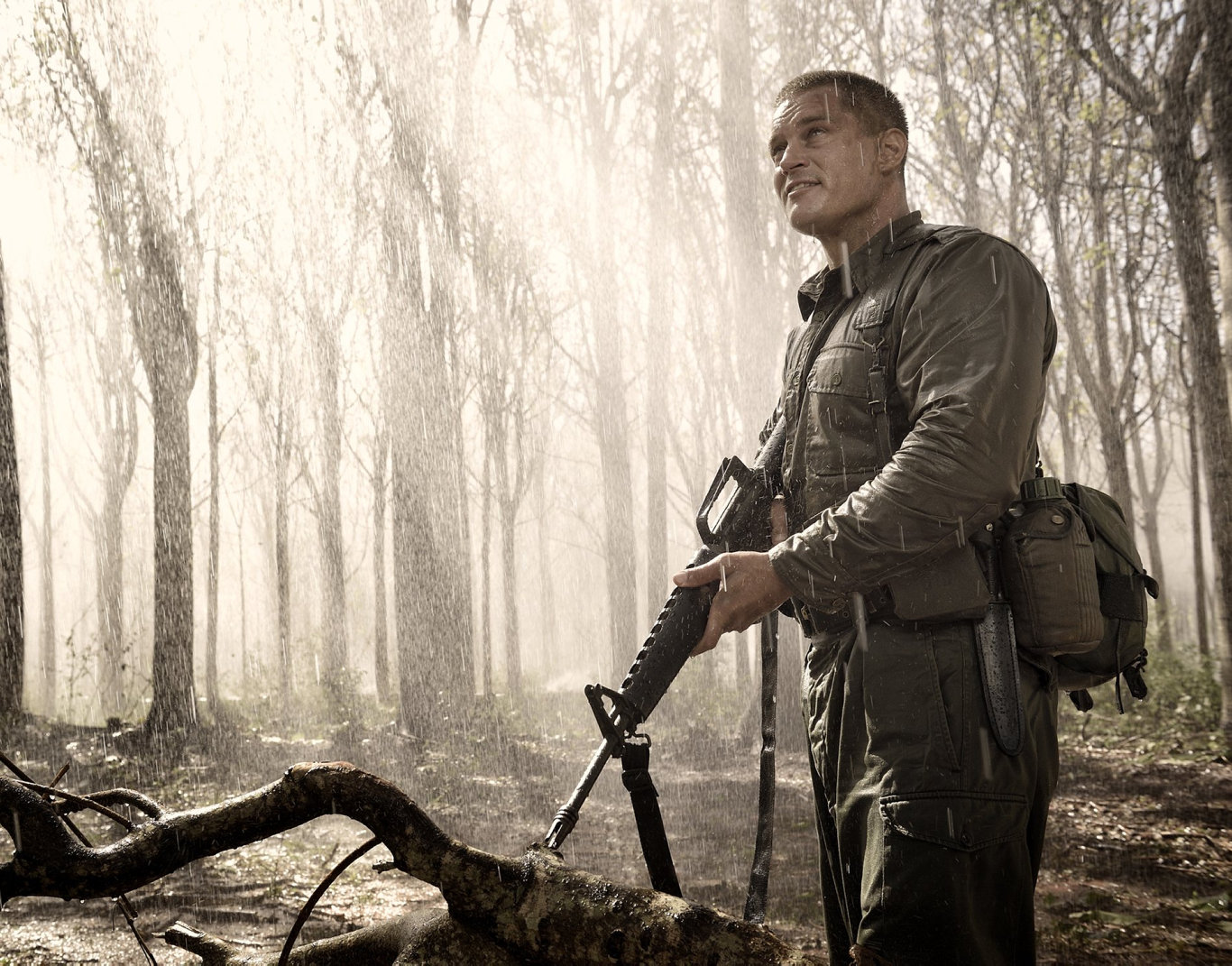 Travis Fimmel as Major Harry Smith in a scene from the movie Danger Close: The Battle of Long Tan.