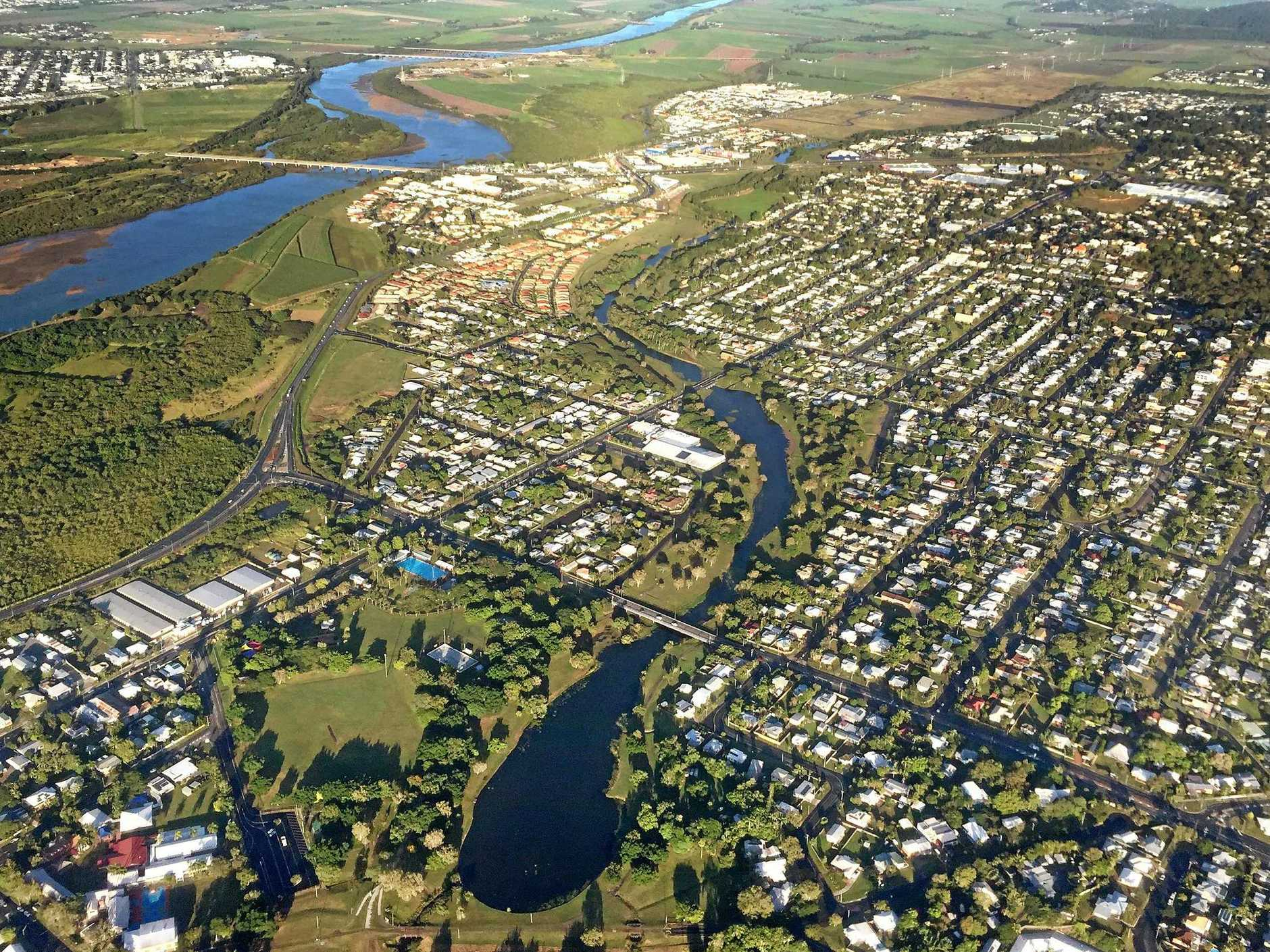 Aerial images over Mackay region. North Mackay and Gooseponds